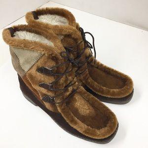 Vintage 1970's Patchwork Suede Muk Luk Boots SZ 9